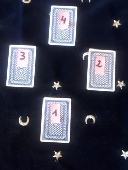 Voyance corse methode de tirage a 4 cartes